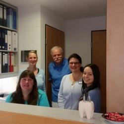 Praxis - Dr. Volker Seufert - Team