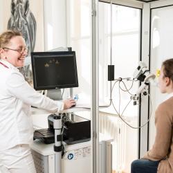Praxis - Dr. med. Verena Mandelbaum - Behandlung2