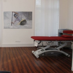 Praxis - Dr. med. Ralf Huppertz - Behandlungszimmer