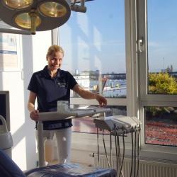 Praxis - Dr. Cristina Ogniben - Behandlungszimmer