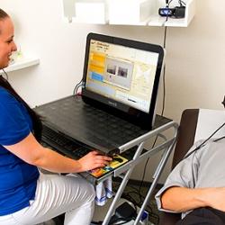 Praxis - Dr. med. Angelika Witzel-Heimlich - Gleichgewichtsprüfung