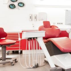 Praxis - Dr. Rolf Weickum - Behandlungszimmer2
