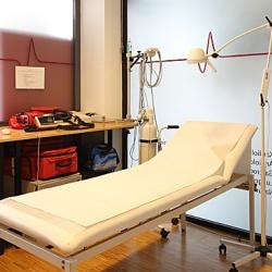 Praxis - Dr. Holger Bergdolt - Notfallzimmer